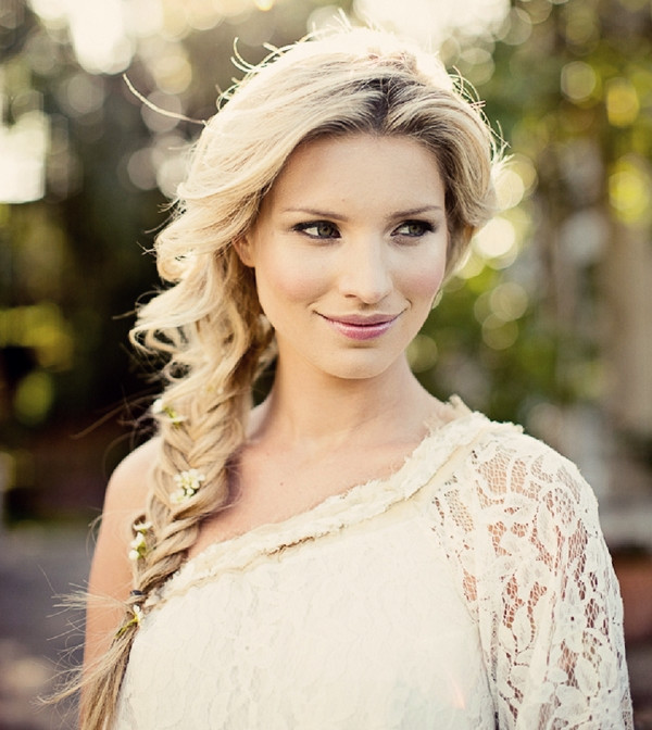 Boho-Bridal-Fishtail-Braided-Hairstyle-Decorated-with-Tiny-Delicate-Flowers