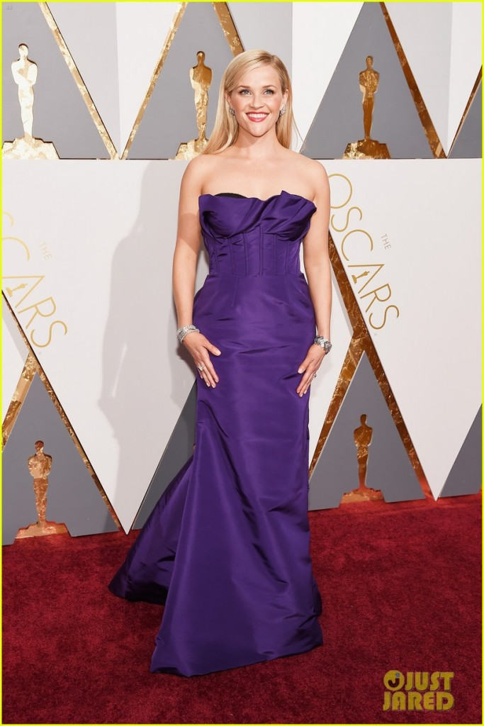 reese-witherspoon-oscars-2016-red-carpet-03